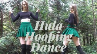 Hula Hooping Dance Workout İn Forest